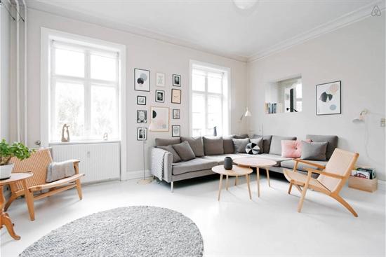 109 m2 lägenhet i Stockholm Östermalm uthyres